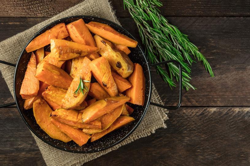 Frytki z batatów urozmaicą twój obiad /materiały prasowe