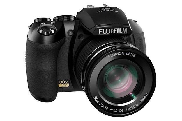 Fujifilm Finepix HS10 /materiały prasowe