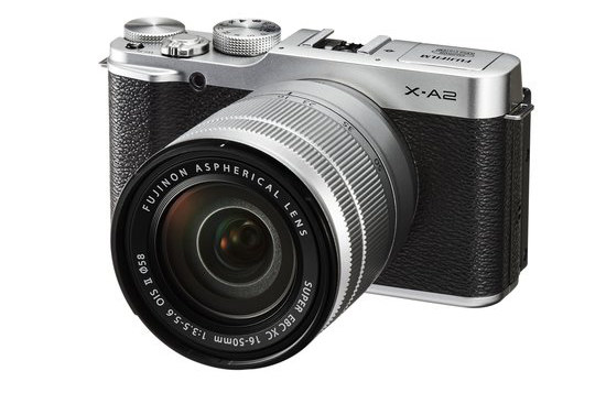 Fujifilm X-A2 /materiały prasowe