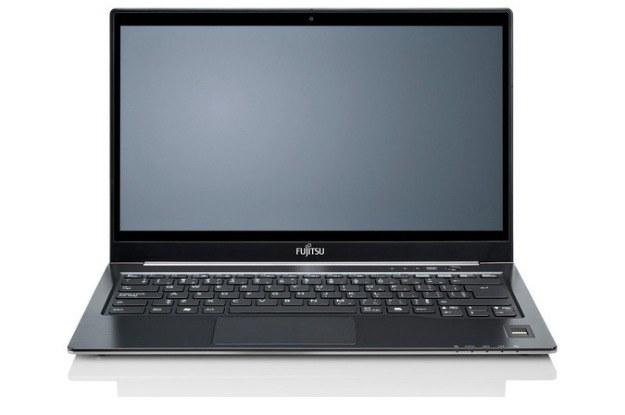 Fujitsu Lifebook U772 prezentuje się naprawdę dobrze /materiały prasowe