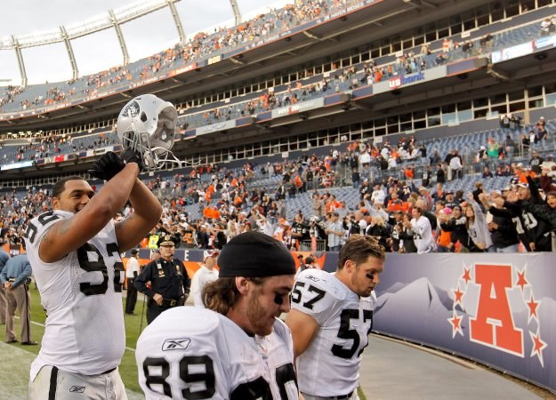 Futboliści Oakland Raiders wysoko pokonali Broncos/fot. Justin Edmonds /Getty Images/Flash Press Media