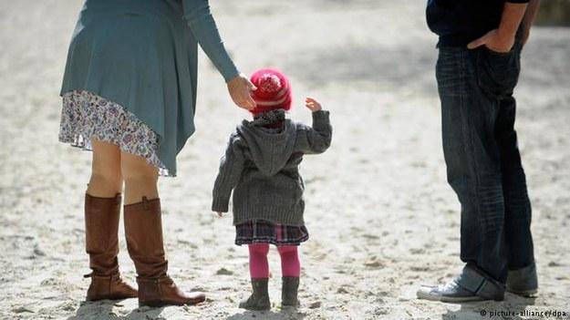 Gabinet Angeli Merkel przyjął deklarację ws. obniżenia zasiłków na dzieci imigrantów z UE /Deutsche Welle