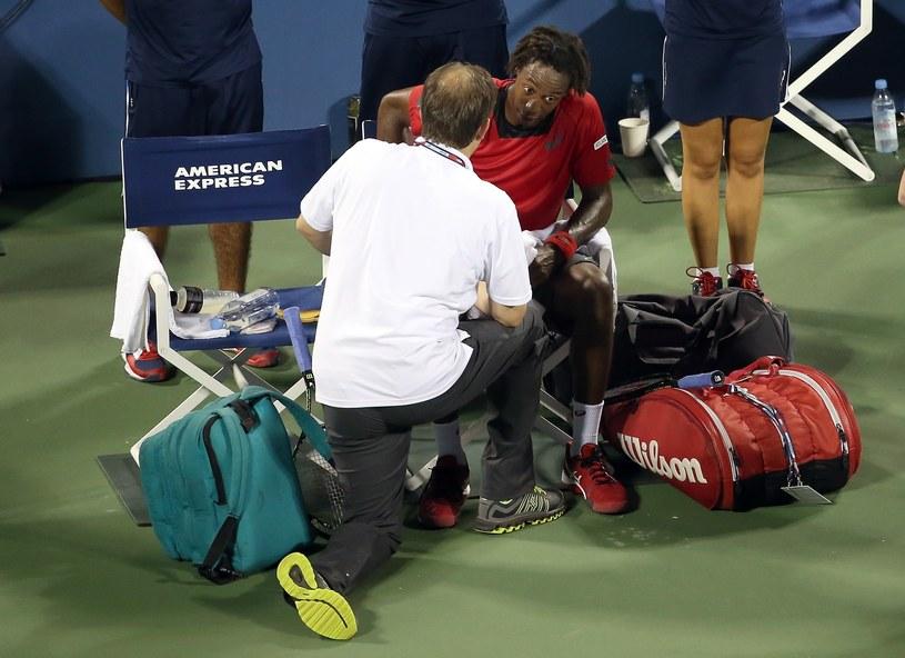 Gael Monfils nie mógł dokończyć meczu 1. rundy w US Open /AFP