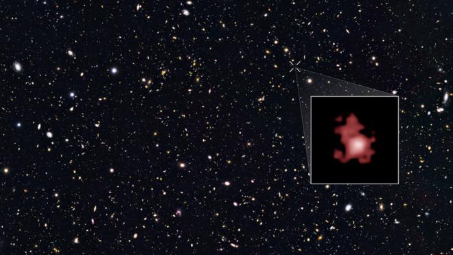 Galaktyka GN-Z11 jest oddalona od nas o 13,4 mld lat świetlnych /NASA