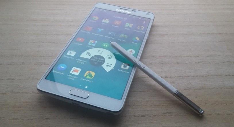 Galaxy Note 4 - Samsung, jak wielu innych producentów, nie jest zobligowany, aby aktualizować stare smartfony /INTERIA.PL