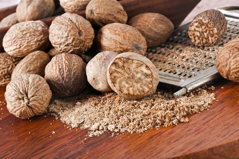 Gałka muszkatołowa spożywana codziennie działa skuteczniej niż popularne środki obiecujące utratę wagi /©123RF/PICSEL