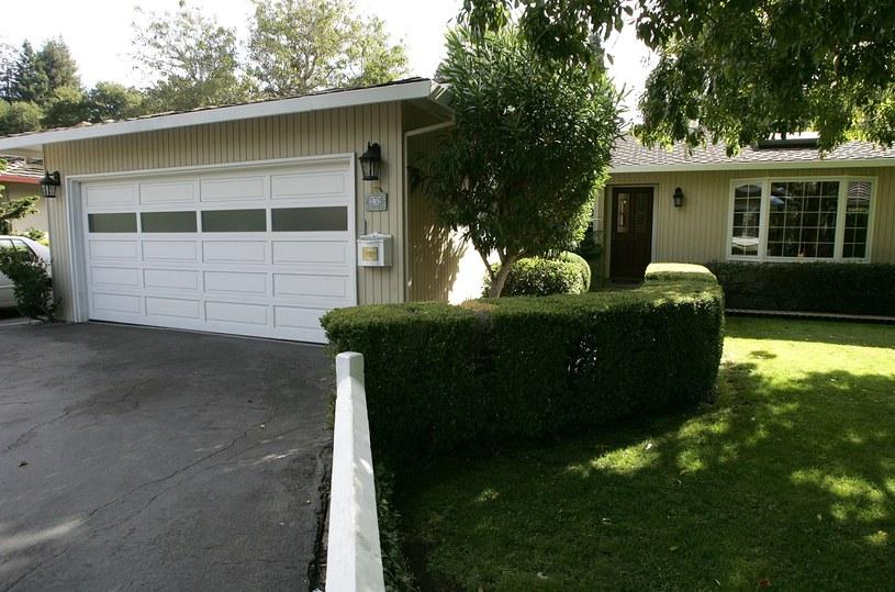 Garaż, który Susan wynajęła Birinowi i Page'owi. To tu narodziła się firma Google /AFP