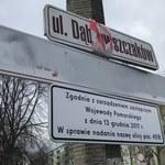 Gdańsk nie wyklucza ponownego montażu tabliczek ze zdekomunizowanymi nazwami ulic