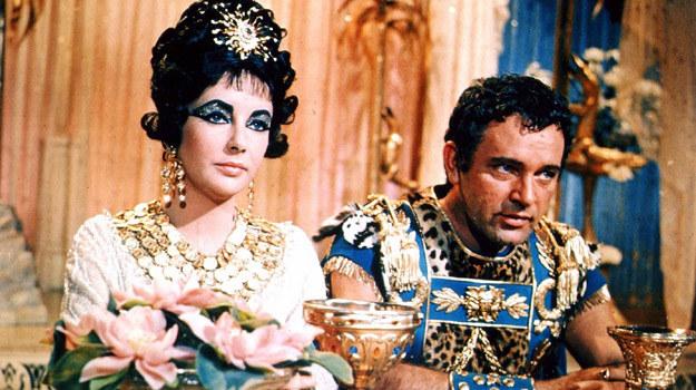 """Gdy byli razem, Taylor i Burton pławili się w luksusie - jak ich bohaterowie z """"Kleopatry"""" /materiały prasowe"""