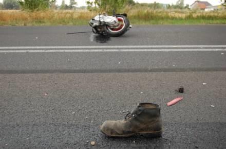 """Gdy ofiara wypadku """"wyskoczy z butów: często jest to wypadek śmiertelny. Na szczęście nie zawsze /Wiadomości Wrzesińskie"""