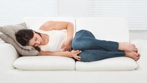 Gdy z nerwów boli brzuch, odstresuj się!