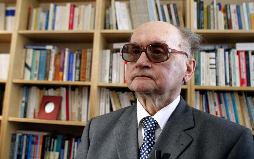 Generał Wojciech Jaruzelski uniknie pośmiertnej degradacji? /PATRICK KOVARIK /AFP