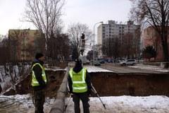 Geologowie badają ogromne osuwisko w Ostrowcu Świętokrzyskim