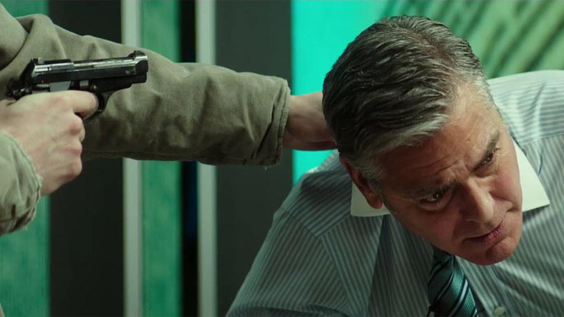 George Clooney jako prowadzący, który staje się zakładnikiem /materiały prasowe