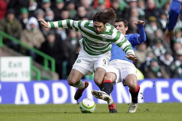 Georgios Samaras strzelił oba gole dla Celtiku w derbach Glasgow /AFP