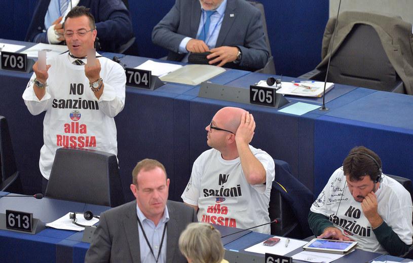 Gianluca Buonnano, Lorenzo Fontana i Matteo Salvini /AFP