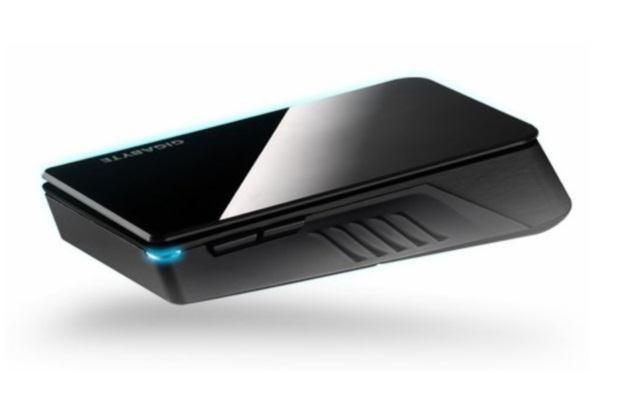 Gigabyte Xenon - oryginalne połączenie myszy i trackpada /materiały prasowe