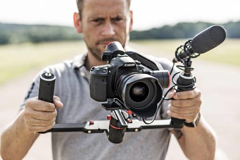 Gimbale są stworzone do nagrywania ujęć, w których zarówno kamera, jak i filmowany obiekt są w ruchu /materiały prasowe