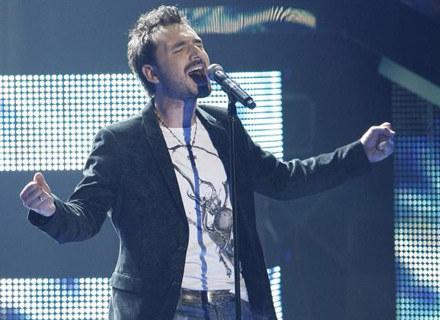 Głos Mateusza Ziółko przypomina wokal śp. Freddie'go Mercury'ego /AKPA