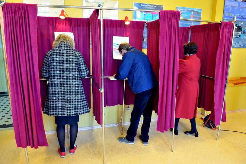 Głosowanie w Stargardzie /Marcin Bielecki /PAP