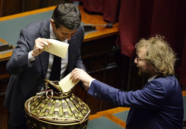 Głosowanie we włoskim parlamencie fot. Andreas Solaro /AFP