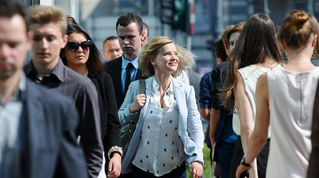 """Główną bohaterkę """"O mnie się nie martw"""" - Izę Małecką (w tej roli Joanna Kulig) poznamy w momencie, kiedy znajdzie się na życiowym zakręcie. /Agencja W. Impact"""