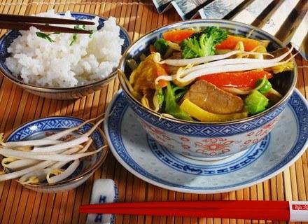 Glutamian zawarty w chińskich daniach może wywoływać alergie.
