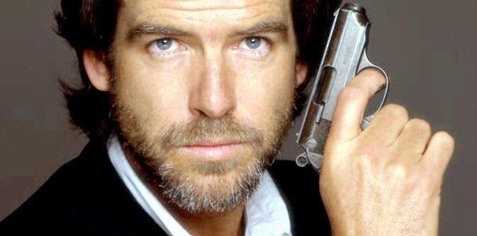 Goldeneye - tytuł bazujący na licencji kultowego filmu o przygodach Jamesa Bonda był jedną z najpopularniejszych gier na platformę Nintendo /AFP