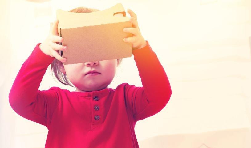 Google Cardboard to jeden z najtańszych sposobów na doświadczenie VR /materiały prasowe