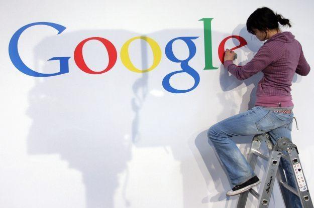 Google - kiedyś mała firma. Dzisiaj - gigant /AFP