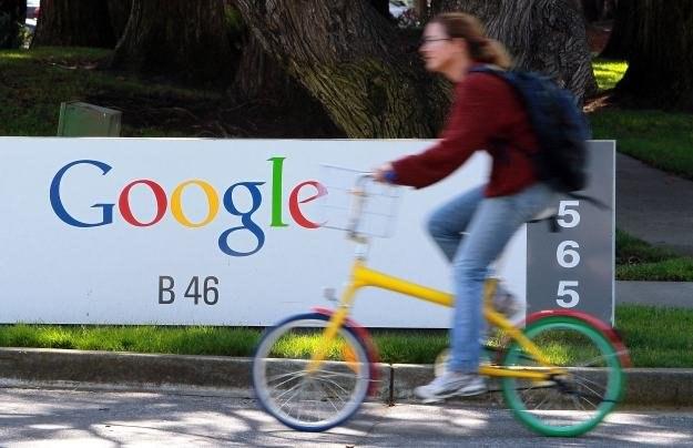 Google nie zgadza się z korzystnym dla Microsoftu wynikiem przetargu /AFP