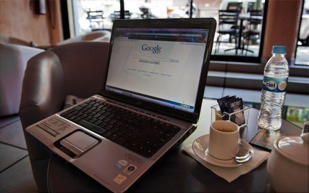Google zostało uznane najbardziej niebezpieczną witryną internetową 2010 /AFP