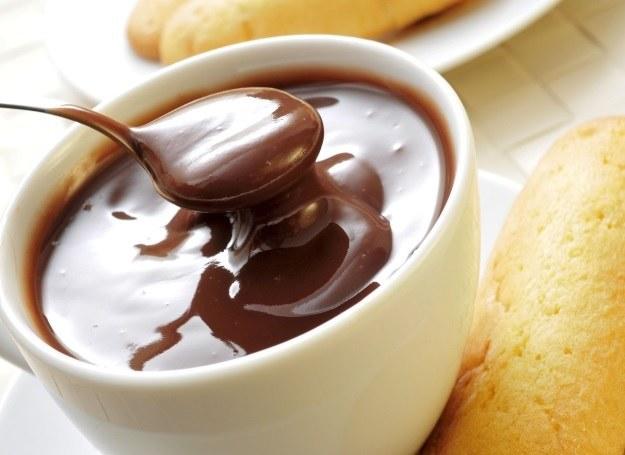 Gorąca czekolada umili  każdy jesienny wieczór /©123RF/PICSEL