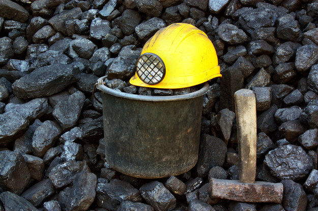 Górnicy chcą więcej zarabiać /123RF/PICSEL