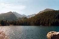Góry Skaliste, Wielki Jezioro Niedźwiedzie /Encyklopedia Internautica