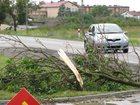 Grad, silne opady i brak prądu u tysięcy odbiorców. Nawałnice przechodzą nad Polską