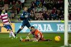 """Granada CF - Real Madryt 1-2. Bramka w końcówce uratowała """"Królewskich"""""""