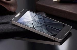 Gresso Regal R1 - tytanowy smartfon za 3 tys. dol.