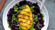 Grillowany kurczak z pieczonym burakiem i pietruszką