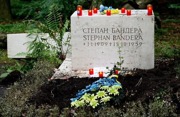 Grób Bandery na cmentarzu w Monachium /SVEN HOPPE /PAP/EPA