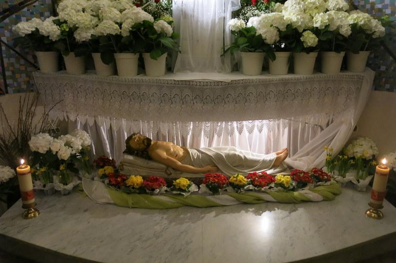 Grób Chrystusa w kosciele w małopolskim Jaworniku /Józef Polewka /RMF FM