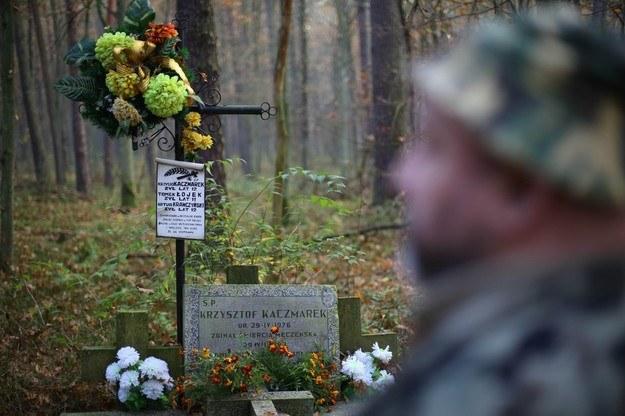 Grób jednego z trzech chłopców zamordowanych przez Trynkiewicza w 1988 rok /Adam Staśkiewicz /East News