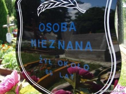 Groby NN-ów na wrocławskim Kiełczowie / fot. Jacek Bomersbach /wroclaw24.net