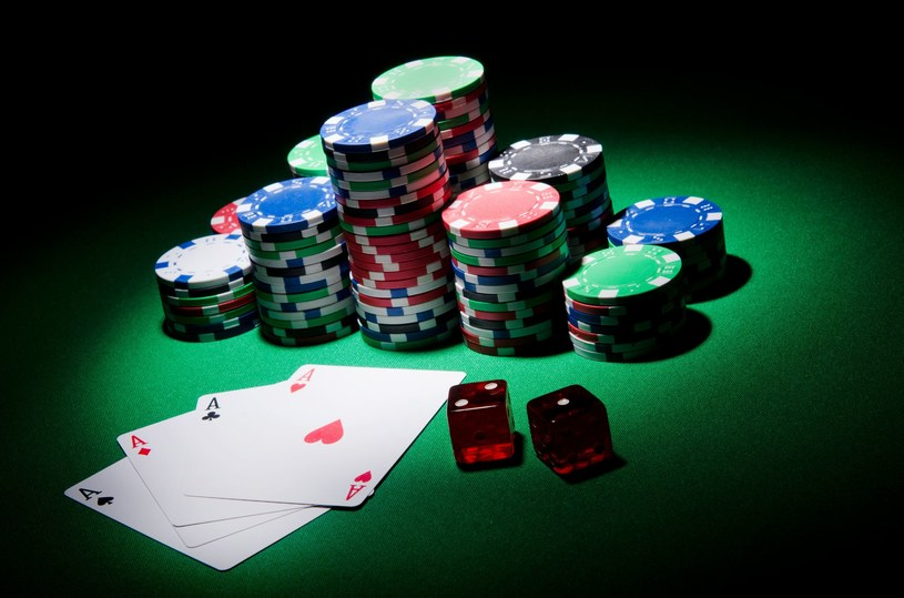 Groźny trojan polował na internetowych pokerzystów /123RF/PICSEL