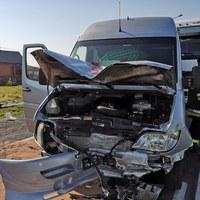 Groźny wypadek w Łódzkiem. Jest wielu poszkodowanych