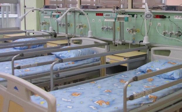 Grudziądz: Blisko tysiąc osób ewakuowanych ze szkoły, 19 uczniów w szpitalu