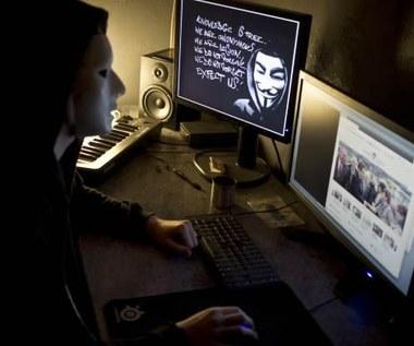 Grupa Anonymous - kim są, jaką mają broń i o co walczą?