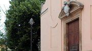 Gruz na ulicach Finale Emilia po trzęsieniu ziemi, które nawiedziło region