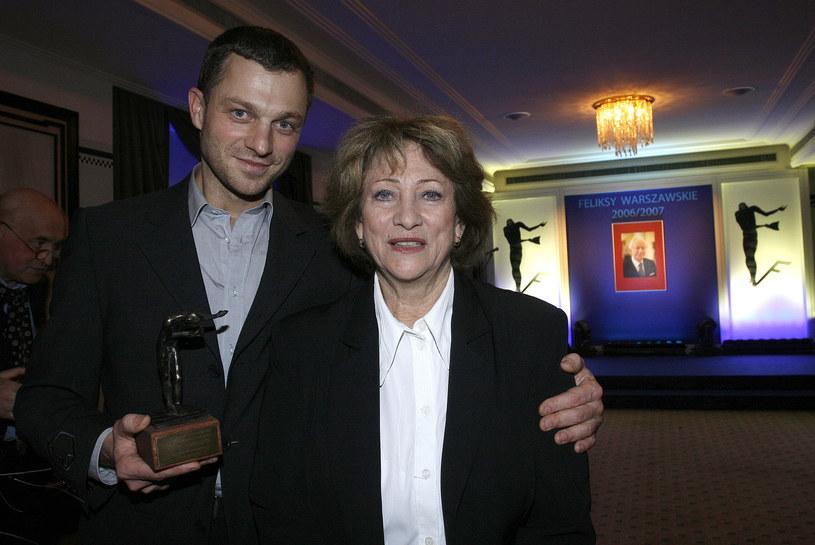 Grzegorz Damięcki w 2007 roku z mamą Barbarą Borys-Damięcką /AKPA