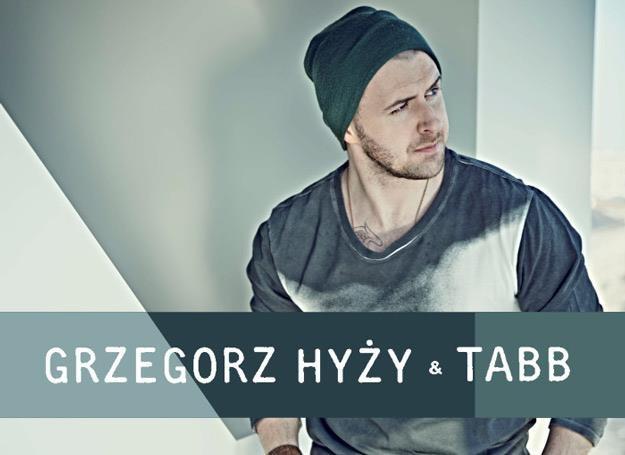"""Grzegorz Hyży na okładce singla """"Na chwilę"""" /Sony Music"""